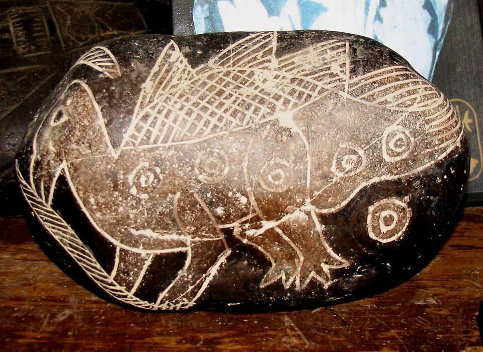 Камни Ики - динозавры
