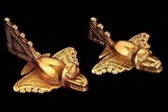 Золотые самолетики